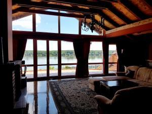 Luxury Villa Danube River