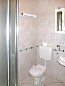 Haus Tara 409S, Ferienwohnungen  Maslenica - big - 2