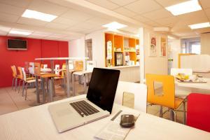 Premiere Classe Caen Est - Mondeville, Hotel  Mondeville - big - 13