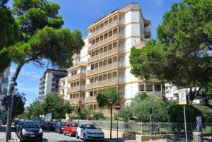 Appartamenti LUNGOMARE SABBIADORO - AbcAlberghi.com