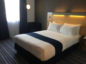 Bezbariérový dvoulůžkový pokoj s manželskou postelí