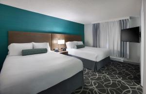 Radisson Suites Hotel Toronto Airport, Szállodák  Toronto - big - 11