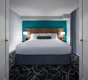 Radisson Suites Hotel Toronto Airport, Szállodák  Toronto - big - 12