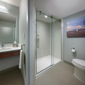 Radisson Suites Hotel Toronto Airport, Szállodák  Toronto - big - 13