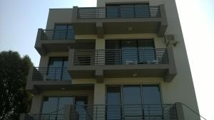 Cezar Apartment, Apartmány  Mamaia Nord – Năvodari - big - 4