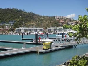 Boathouse Port of Airlie, Apartmány  Airlie Beach - big - 4
