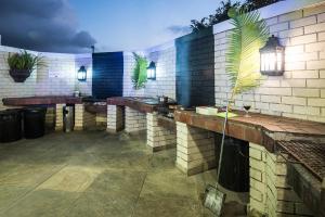 La Cote D'Azur, Resort  Margate - big - 68