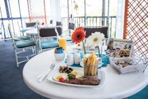 La Cote D'Azur, Resort  Margate - big - 74