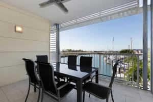 Boathouse Port of Airlie, Apartmány  Airlie Beach - big - 14