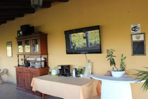 B&B Torre Di Cicala, Bed and Breakfasts  Partinico - big - 47