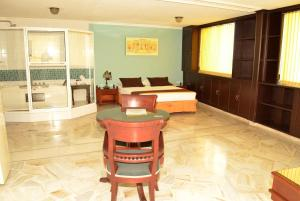 Ribera del Rio Av 2da Norte, Aparthotels  Cali - big - 23