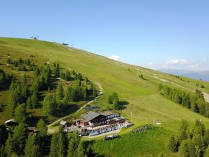 Rifugio Graziani Hütte - AbcAlberghi.com