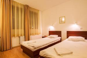 Edelweiss Park Hotel, Hotely  Bansko - big - 37