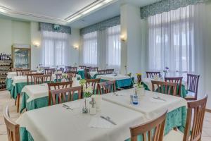 Hotel Austria, Hotely  Caorle - big - 83