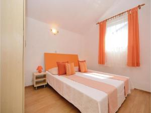 One-Bedroom Apartment Biograd 01, Апартаменты  Биоград-на-Мору - big - 13