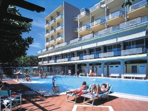 Hotel Bellevue Et Mediterranée, Hotels  Diano Marina - big - 34