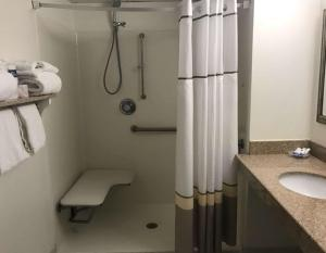 Standard Room with Two Double Beds with Roll In Shower