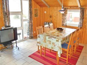 Holiday home Lakolk III, Nyaralók  Bolilmark - big - 12