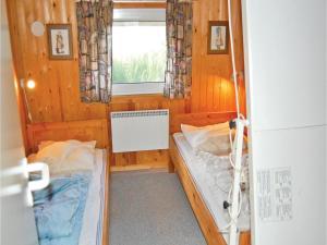 Holiday home Lakolk III, Nyaralók  Bolilmark - big - 6