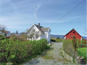 Four-Bedroom Holiday Home in Sveio, Case vacanze  Sveio - big - 5