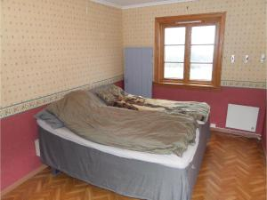 Four-Bedroom Holiday Home in Sveio, Case vacanze  Sveio - big - 11