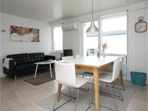 Two-Bedroom Holiday Home in Pandrup, Case vacanze  Rødhus - big - 15