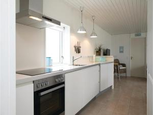 Two-Bedroom Holiday Home in Pandrup, Case vacanze  Rødhus - big - 14