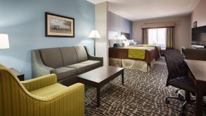 Best Western Plus Lonestar Inn & Suites, Hotels  Colorado City - big - 28