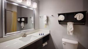 Best Western Plus Lonestar Inn & Suites, Hotels  Colorado City - big - 34