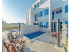 Holiday home Nin-Privlaka 41 w..