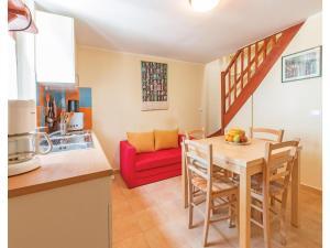 Two-Bedroom Apartment in Banjole, Apartmanok  Banjole - big - 18