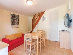 Two-Bedroom Apartment in Banjole, Apartmanok  Banjole - big - 5