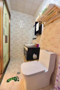Zhaoxiahong Art hotel, Проживание в семье  Wujiaqiao - big - 275