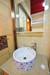 Zhaoxiahong Art hotel, Проживание в семье  Wujiaqiao - big - 259