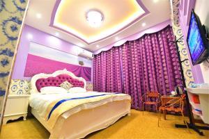 Zhaoxiahong Art hotel, Проживание в семье  Wujiaqiao - big - 212