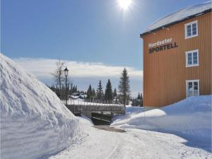 One-Bedroom Apartment in Lillehammer, Apartments  Lillehammer - big - 23