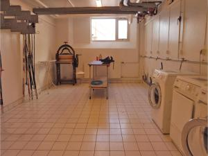 One-Bedroom Apartment in Lillehammer, Apartments  Lillehammer - big - 9