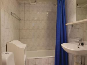 One-Bedroom Apartment in Lillehammer, Apartments  Lillehammer - big - 11