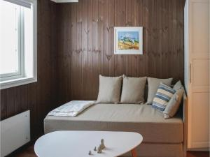Five-Bedroom Holiday Home in Lillehammer, Holiday homes  Lillehammer - big - 11