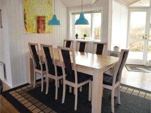 Holiday home Klægdalen Ringkøbing Denm, Holiday homes  Halkær - big - 11