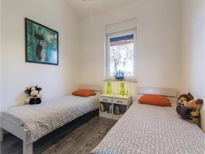 Three-Bedroom Holiday home Marcana with a Fireplace 09, Nyaralók  Marčana - big - 22