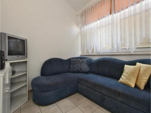Two-Bedroom Apartment 0 in Porec, Apartmanok  Poreč - big - 7