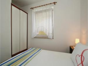 Two-Bedroom Apartment 0 in Porec, Apartmanok  Poreč - big - 12