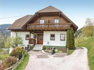 Five-Bedroom Apartment in Bad St. Leonhard, Appartamenti  Kliening - big - 1