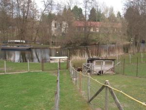Ferienhaus Dorfstra�e A, Ferienhäuser  Borkow - big - 10