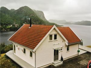 Four-Bedroom Holiday Home in Farsund, Ferienhäuser  Farsund - big - 12