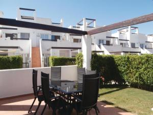 Apartment Bulevar 02, Apartmanok  La Molata - big - 1