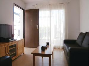 Apartment Bulevar 02, Apartmanok  La Molata - big - 4