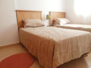 Apartment Bulevar 02, Apartmanok  La Molata - big - 11