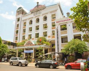 Bach Ma Hotel